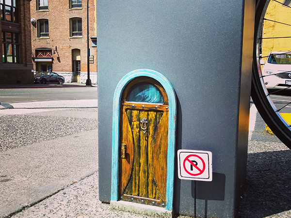 fairy-door-parking-meter
